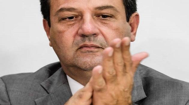 Em live da CRF-MS, Mandetta chama Bolsonaro de 'líder tóxico' que levou o Brasil ao colapso da pandemia