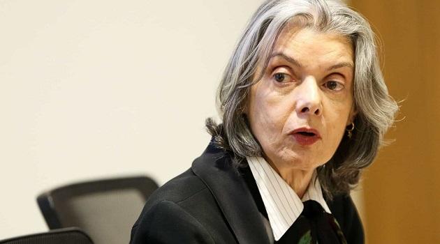 Carmén dá 5 dias para Lira se manifestar sobre prazos de abertura de impeachment