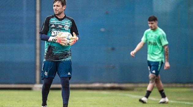 Flamengo administra retorno de Diego Alves dois anos depois de discussão por barração