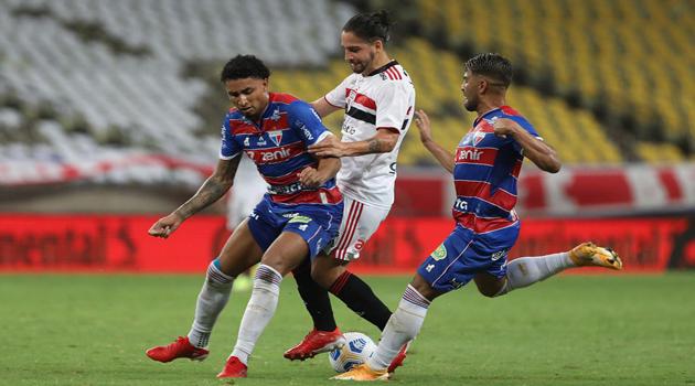 Fortaleza bate São Paulo e está na semifinal