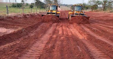 Gerência Municipal de Obras e Infraestrutura intensificam recuperação de estradas vicinais em Novo Horizonte do Sul